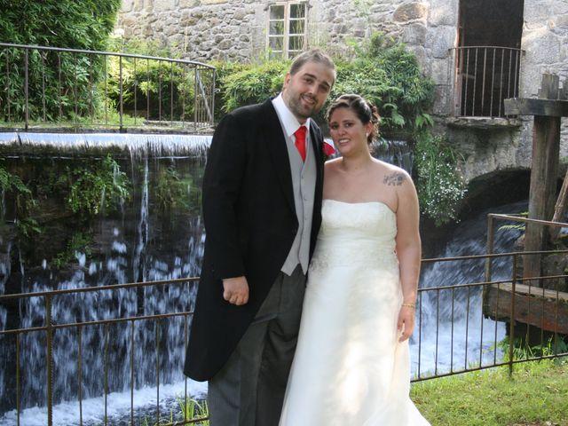 La boda de Carla y Victor en Xove (Casco Urbano (San Bartolo), Lugo 4