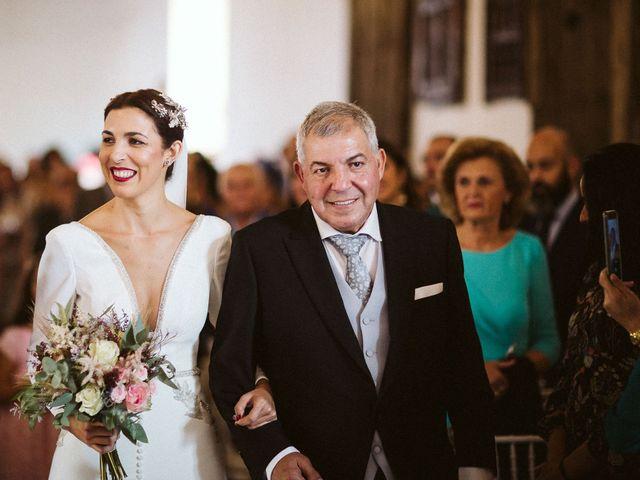 La boda de Manuel y Pastora en Alcala De Guadaira, Sevilla 29