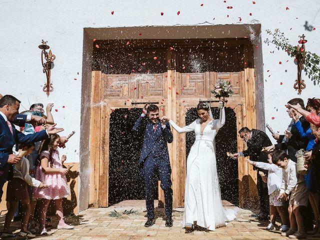 La boda de Manuel y Pastora en Alcala De Guadaira, Sevilla 41