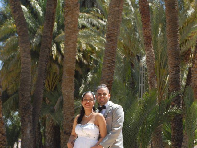 La boda de Alexander y Mashiel en Cuevas De Almanzora, Almería 3