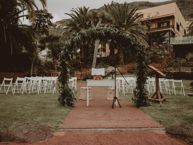 La boda de Javier y Diana en Galdar, Las Palmas 2