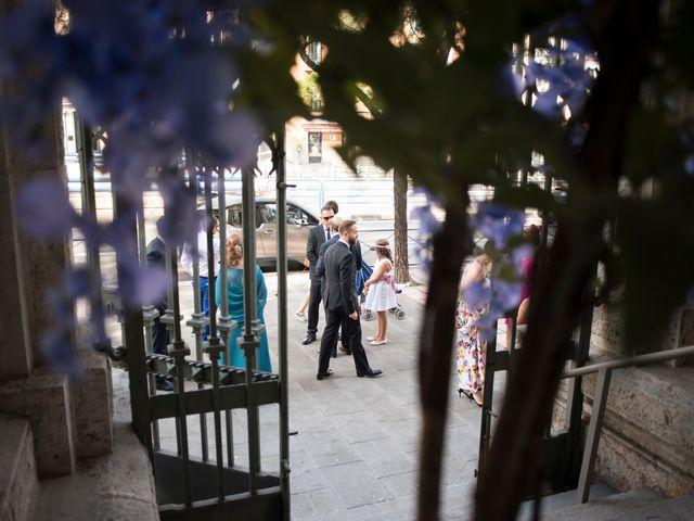 La boda de Carlos y Belén en Madrid, Madrid 25