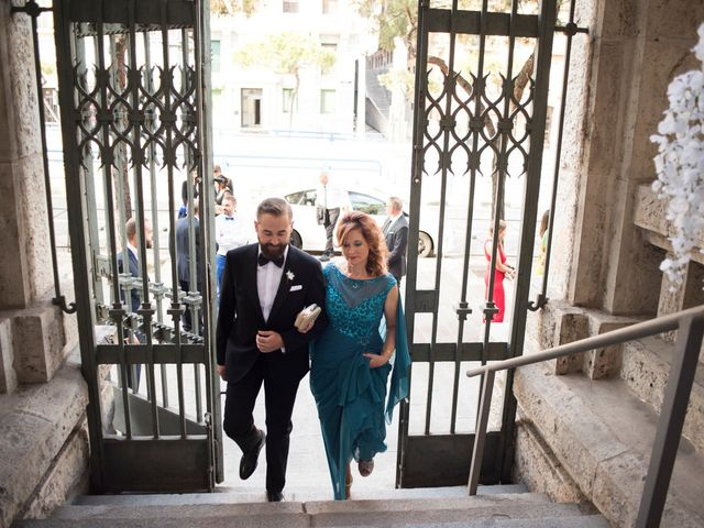La boda de Carlos y Belén en Madrid, Madrid 26