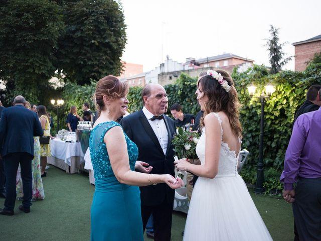 La boda de Carlos y Belén en Madrid, Madrid 50