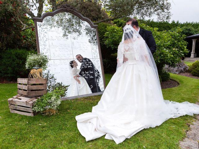 La boda de Sergio y Zeltia  en Ferrol, A Coruña 2