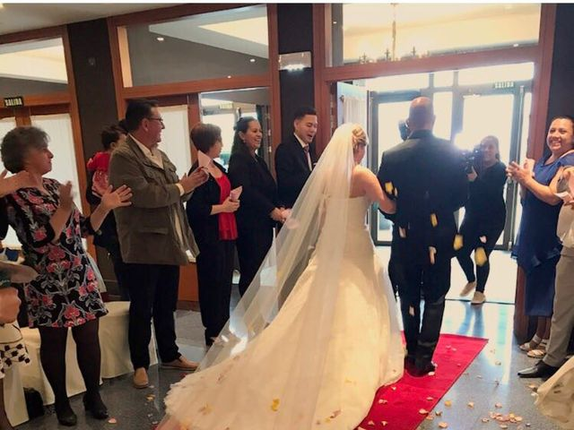 La boda de Jefri y Claudia en Pamplona, Navarra 20