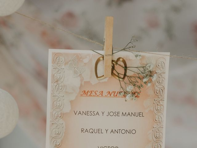 La boda de Jose Manuel y Vanesa en Crevillente, Alicante 20
