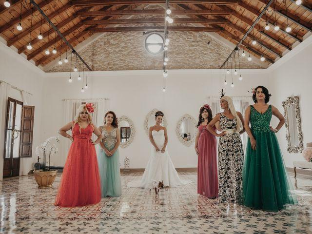 La boda de Jose Manuel y Vanesa en Crevillente, Alicante 33