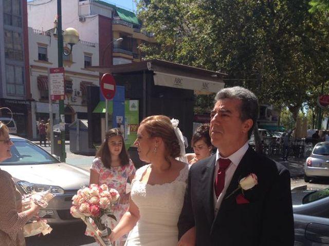 La boda de Maria Jose y Jose Luis en Sevilla, Sevilla 6