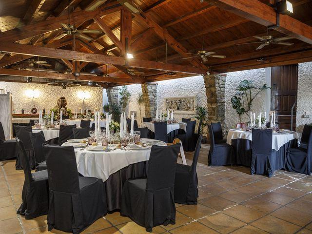 La boda de Alejandro y Alicia en Terrassa, Barcelona 32