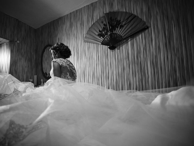 La boda de Oscar y Almudena en Valencia De Alcantara Ff.Cc., Cáceres 3