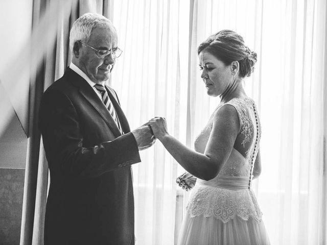 La boda de Berto y Elisa en Mogro, Cantabria 17
