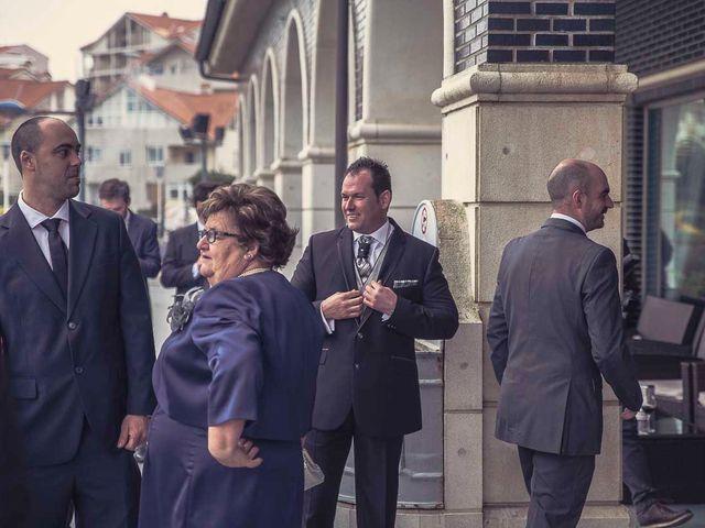 La boda de Berto y Elisa en Mogro, Cantabria 24