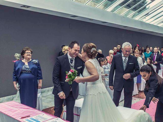 La boda de Berto y Elisa en Mogro, Cantabria 31