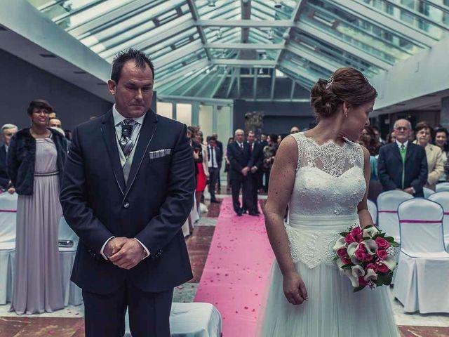 La boda de Berto y Elisa en Mogro, Cantabria 33