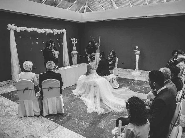 La boda de Berto y Elisa en Mogro, Cantabria 36