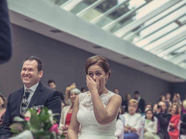 La boda de Berto y Elisa en Mogro, Cantabria 38
