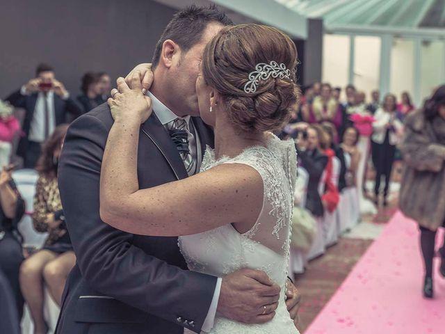 La boda de Berto y Elisa en Mogro, Cantabria 45