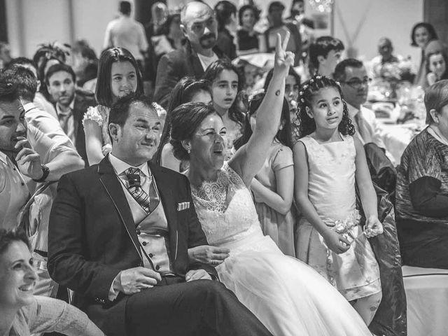 La boda de Berto y Elisa en Mogro, Cantabria 49