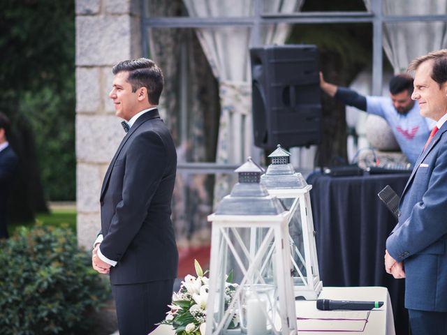 La boda de Angel y Julia en Torrelodones, Madrid 12