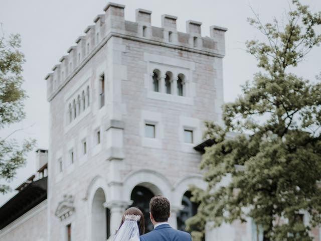 La boda de Angel y Fabiana en Oviedo, Asturias 5