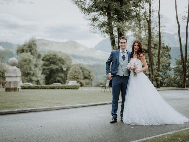 La boda de Angel y Fabiana en Oviedo, Asturias 6
