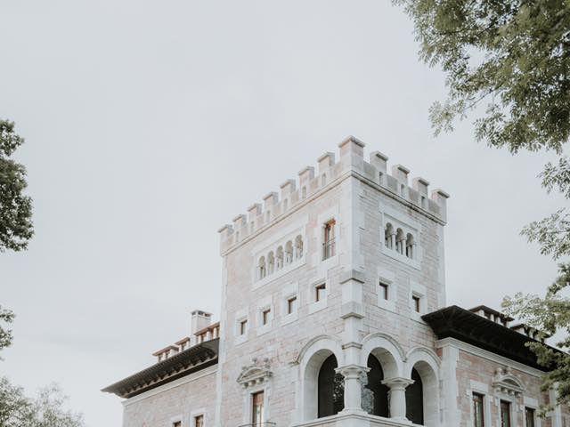 La boda de Angel y Fabiana en Oviedo, Asturias 9