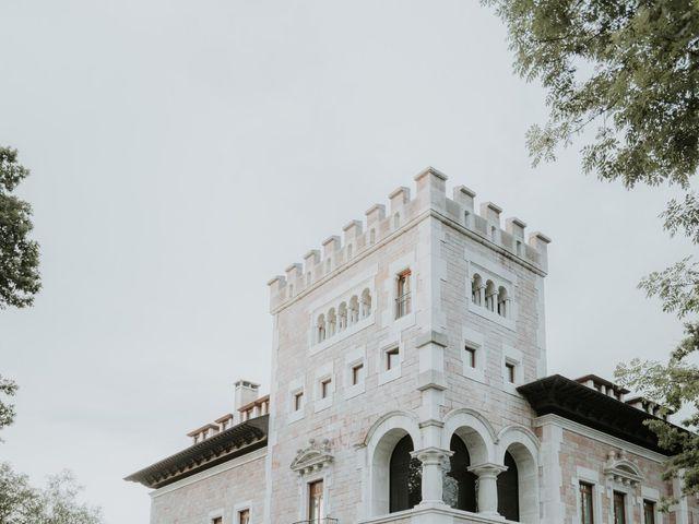 La boda de Angel y Fabiana en Oviedo, Asturias 28
