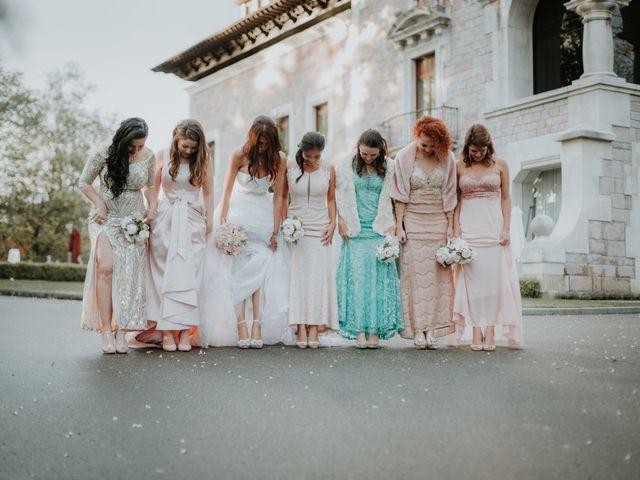 La boda de Angel y Fabiana en Oviedo, Asturias 29