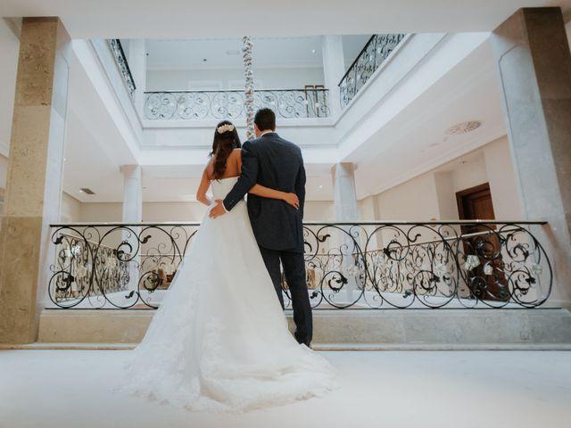 La boda de Angel y Fabiana en Oviedo, Asturias 34
