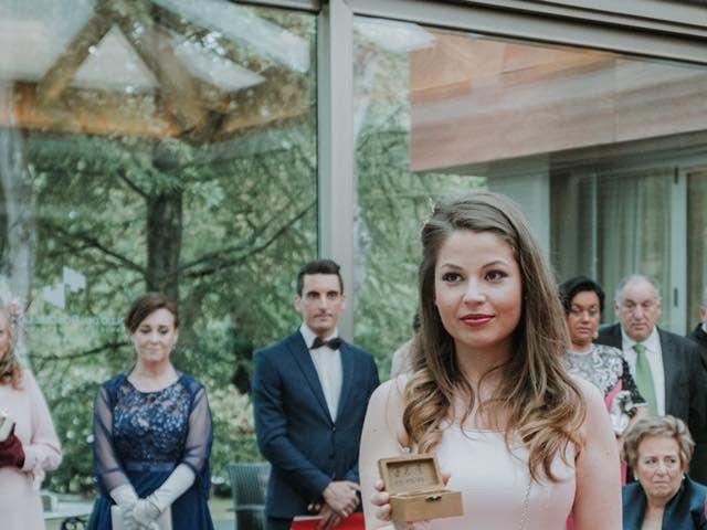 La boda de Angel y Fabiana en Oviedo, Asturias 48