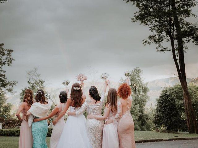 La boda de Angel y Fabiana en Oviedo, Asturias 56