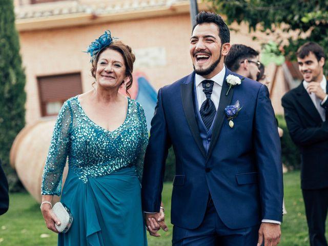 La boda de Omar y Paola en Carranque, Toledo 25