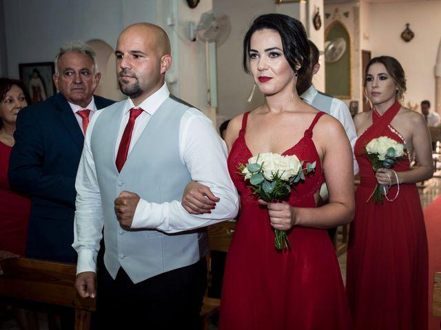 La boda de Juanra y Luciene en La/villajoyosa Vila Joiosa, Alicante 32