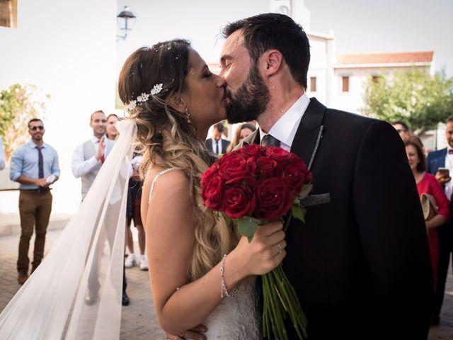 La boda de Juanra y Luciene en La/villajoyosa Vila Joiosa, Alicante 40