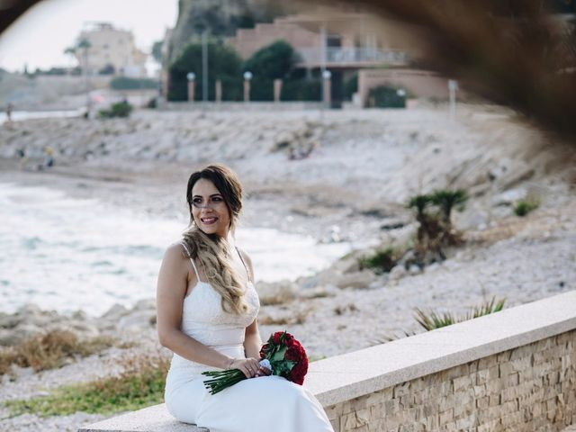 La boda de Juanra y Luciene en La/villajoyosa Vila Joiosa, Alicante 55