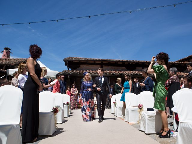 La boda de Ibai y Arrate en Elorriaga, Álava 21
