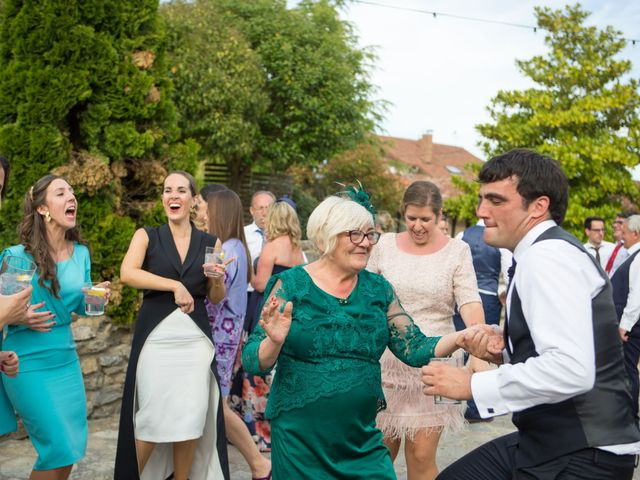 La boda de Ibai y Arrate en Elorriaga, Álava 52
