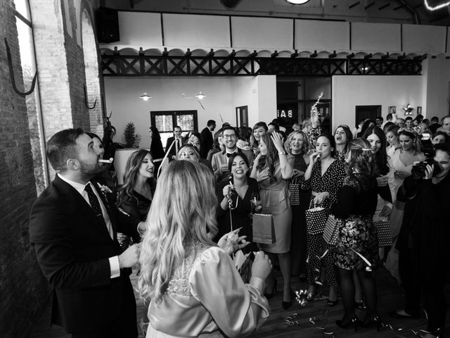 La boda de Neus y Víctor en Alginet, Valencia 41