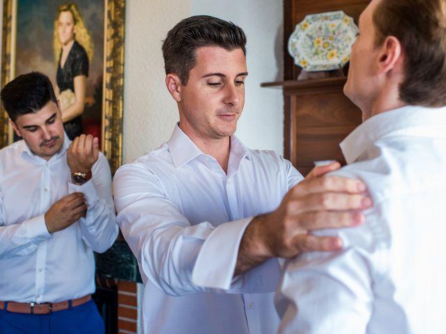 La boda de Pau y Zahida en Villavieja, Castellón 5