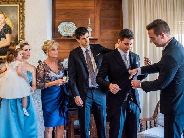 La boda de Pau y Zahida en Villavieja, Castellón 11