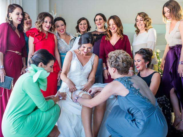 La boda de Pau y Zahida en Villavieja, Castellón 39