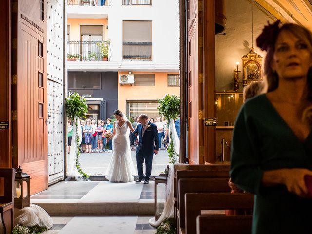 La boda de Pau y Zahida en Villavieja, Castellón 46