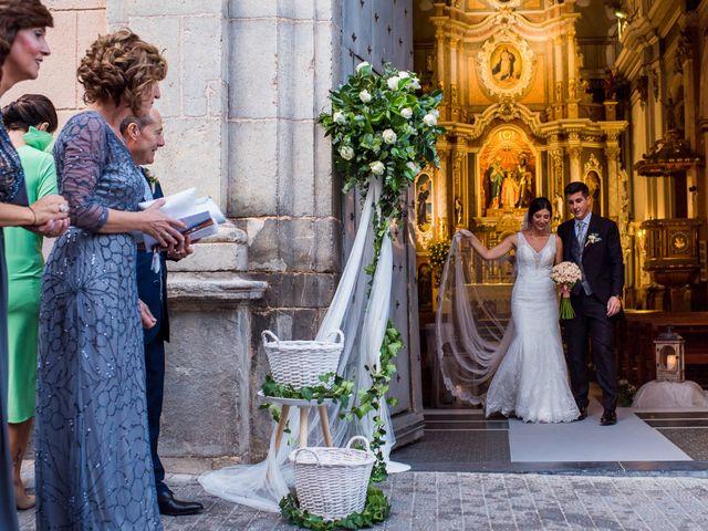 La boda de Pau y Zahida en Villavieja, Castellón 56