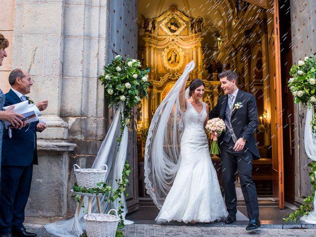 La boda de Pau y Zahida en Villavieja, Castellón 57