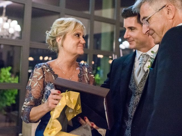 La boda de Pau y Zahida en Villavieja, Castellón 75