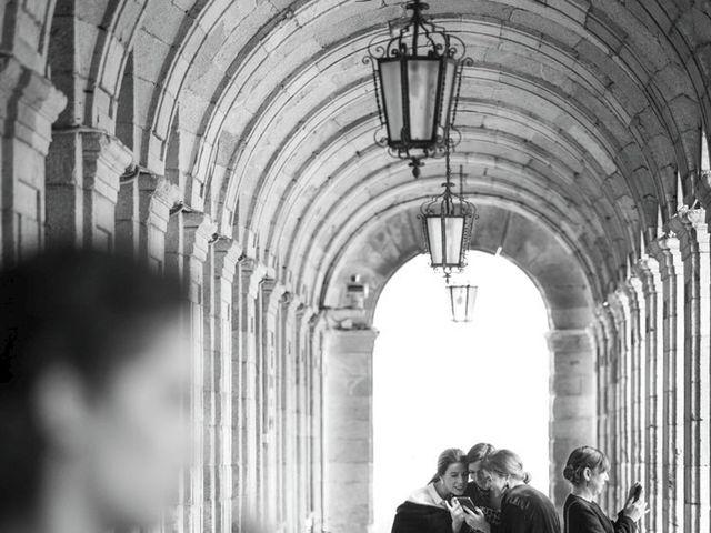 La boda de Adrián y Clara en Santiago De Compostela, A Coruña 5
