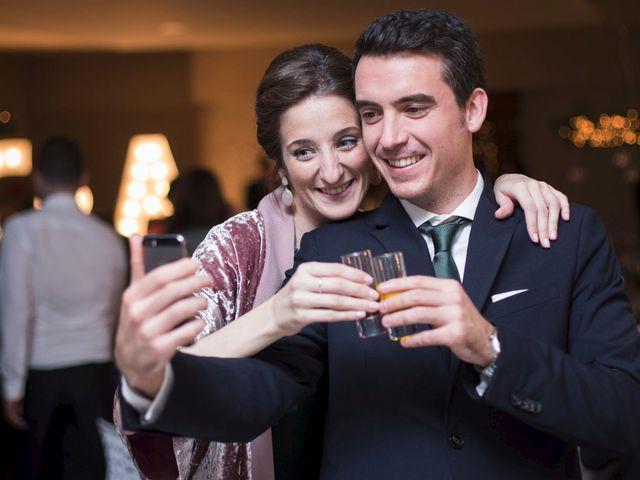 La boda de Adrián y Clara en Santiago De Compostela, A Coruña 55