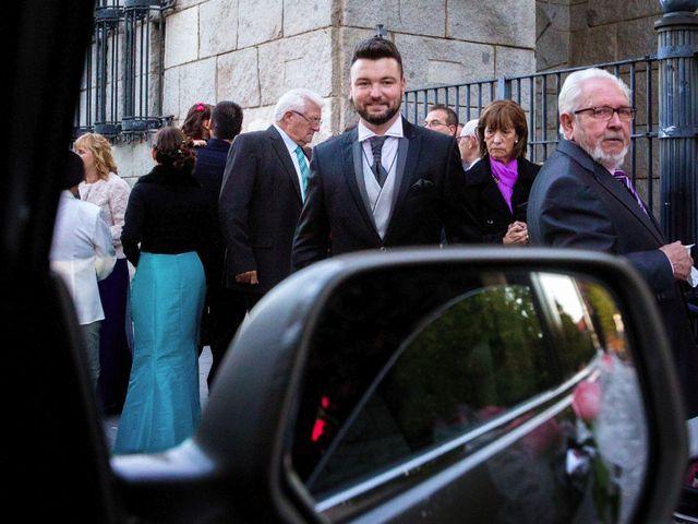 La boda de Rubén y Elena en Coslada, Madrid 28