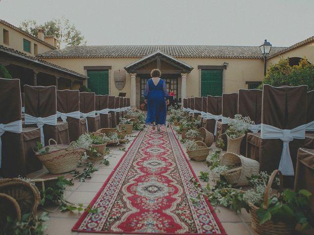 La boda de Pedro y Aurora en Casas De Los Pinos, Cuenca 24